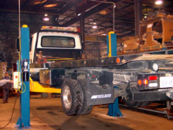 Two post Medium & Heavy Truck 5